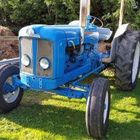 Hooksway Farm ford tractor