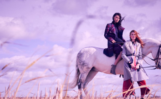 Ted Baker AW17 Fashion shoot horse duo crop